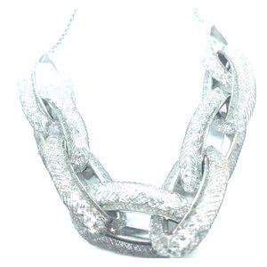 New bebe Crystal Link Necklace